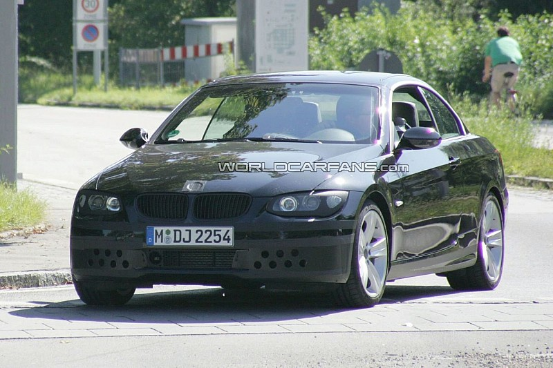 2010 BMW 3-Series Convertible Facelift Spied