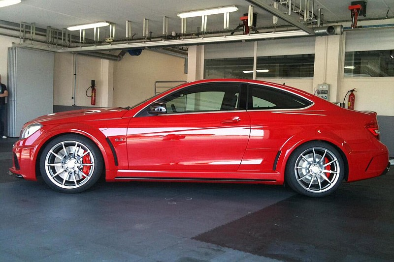 Mercedes C63 AMG Black Series in the flesh [video]