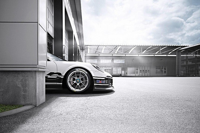 2013 Porsche 911 GT3 Cup in action [video]