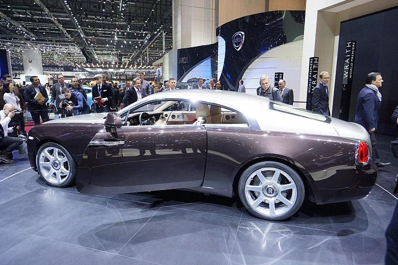 2014 Rolls-Royce Wraith officially unveiled