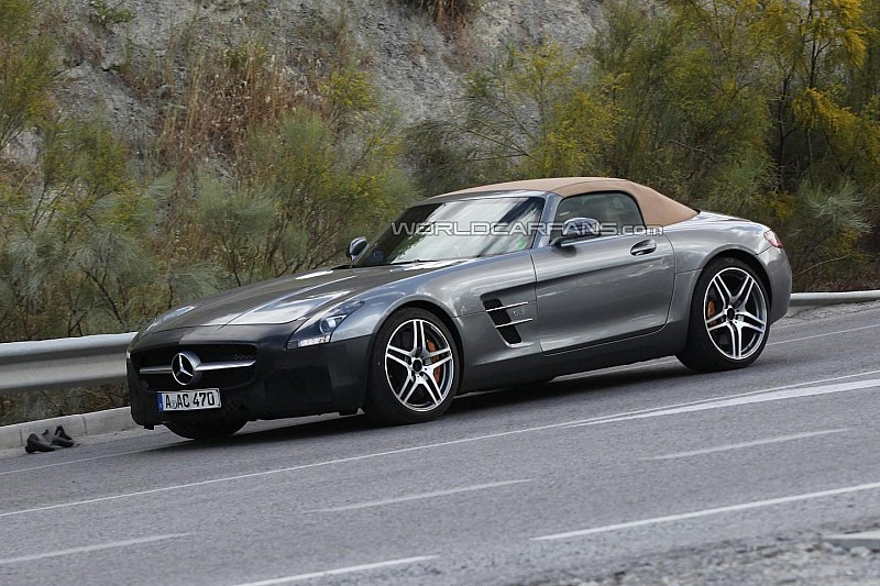 2015 Mercedes-Benz SLS AMG GT Roadster spied